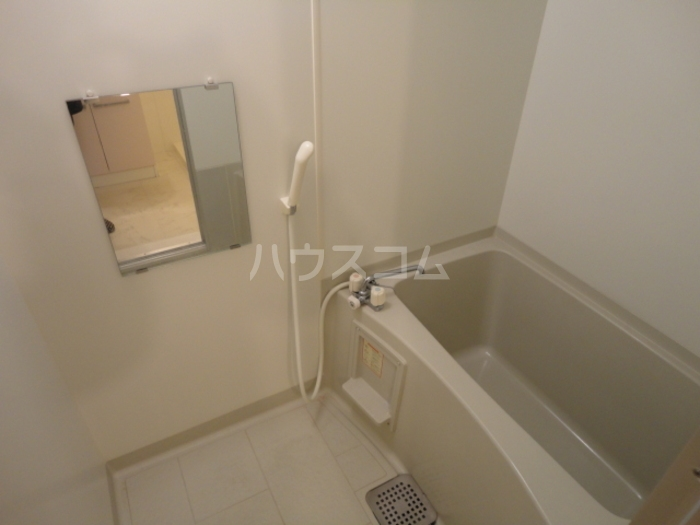 ウィステリア原 101号室の風呂