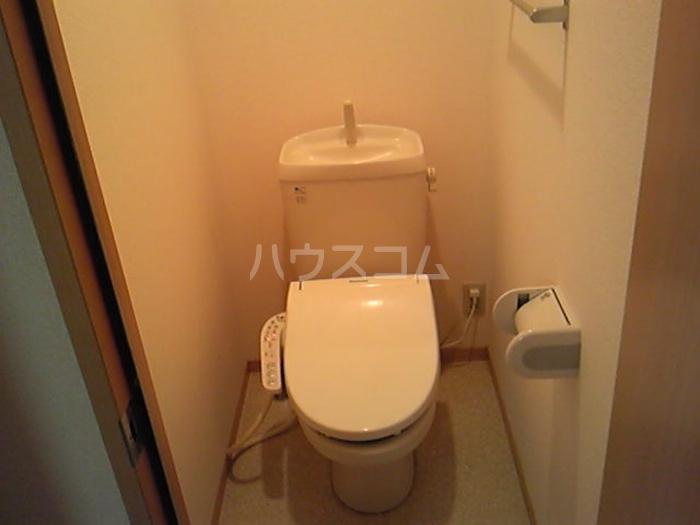 ウィステリア原 101号室のトイレ