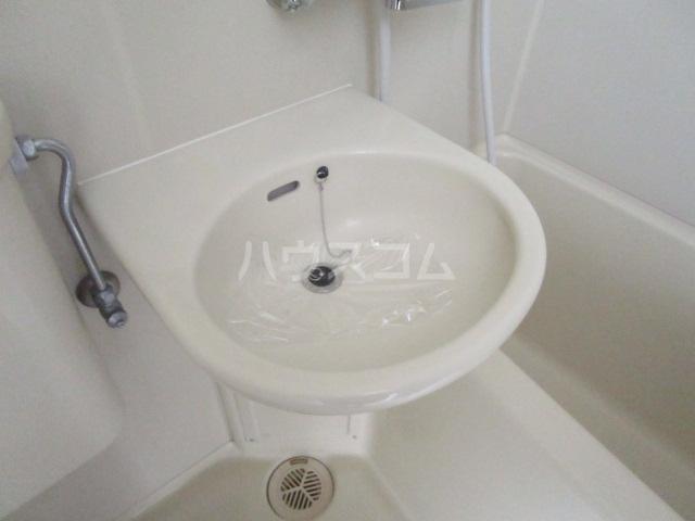 ウインベルソロ国分寺1 504号室の洗面所