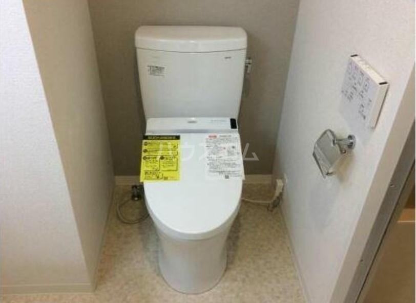 クレアシオン三軒茶屋 102号室のトイレ