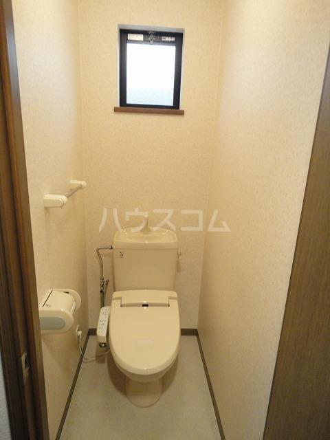 シャローム桂 103号室のトイレ