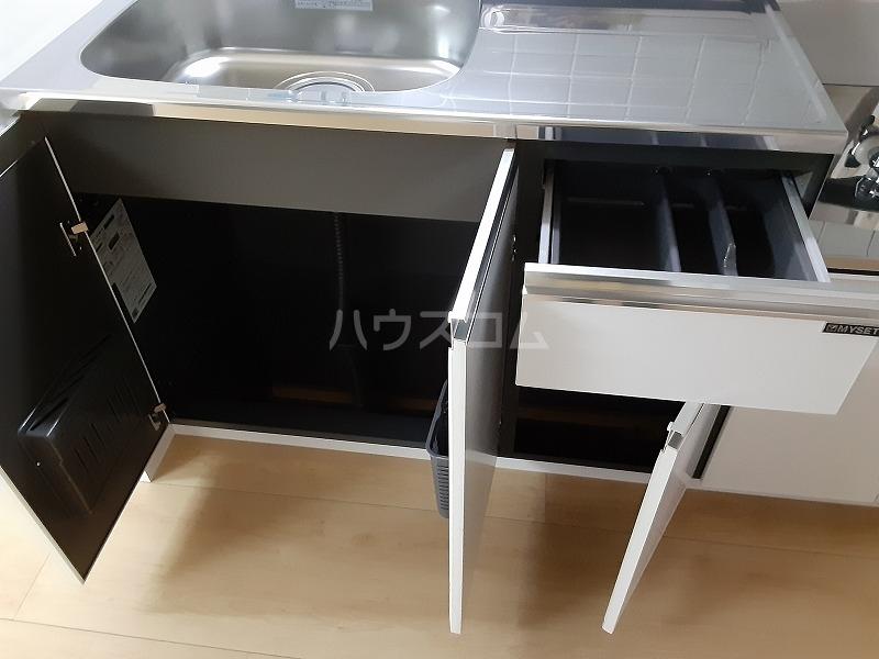 柏屋ビル 203号室のキッチン