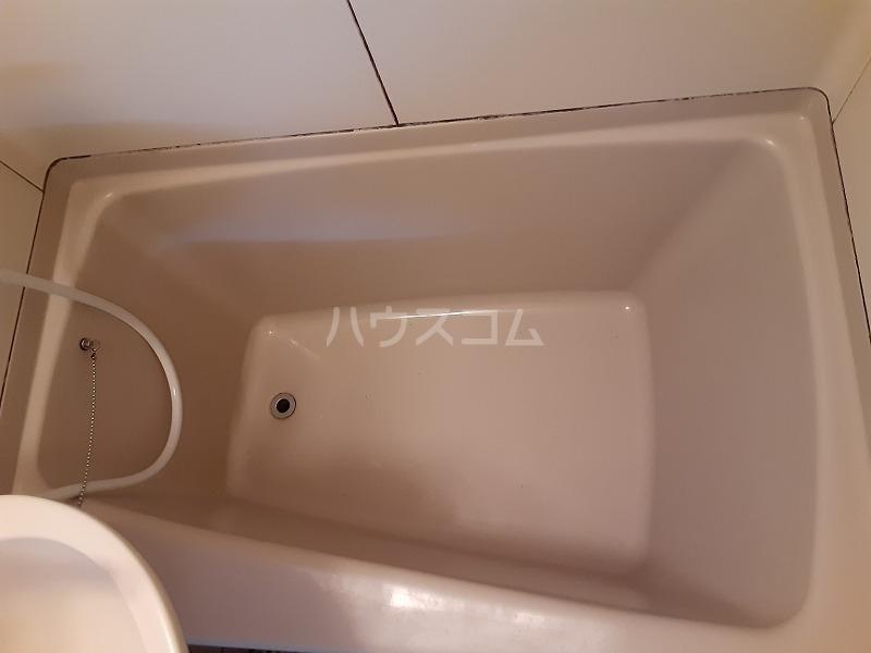 柏屋ビル 203号室の風呂