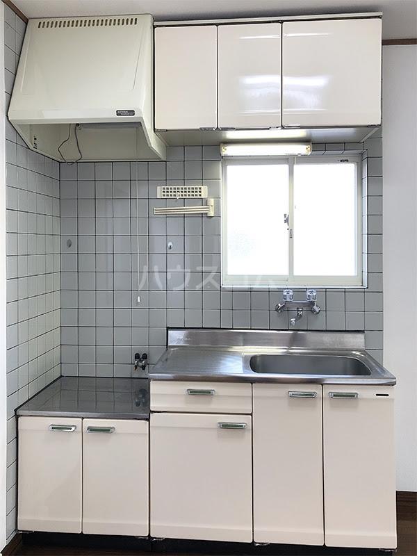 ラ・ヴェール高崎Ⅲ 208号室のキッチン