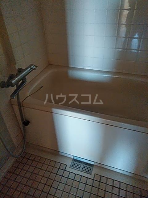 PLENDY市川大野 204号室の風呂