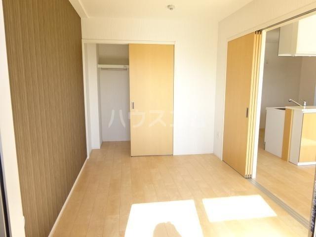WIN'S Ⅱ 301号室のベッドルーム