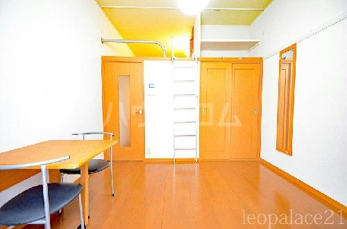 レオパレスMINAMI 103号室のキッチン