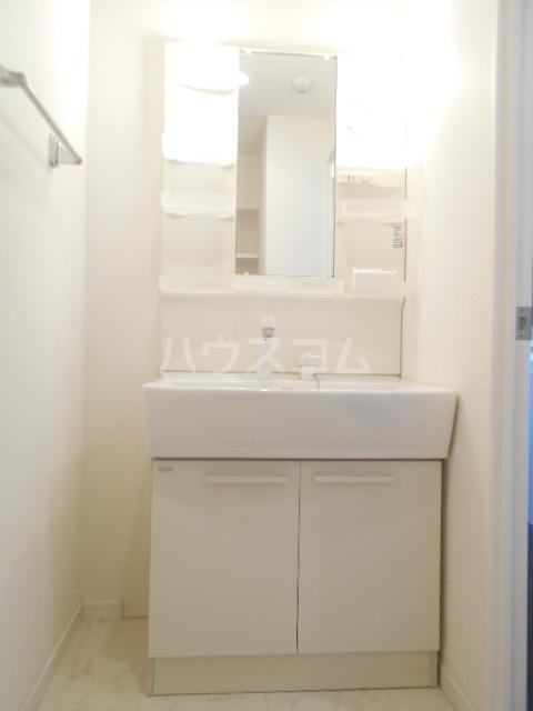 レジディア高宮 602号室の洗面所