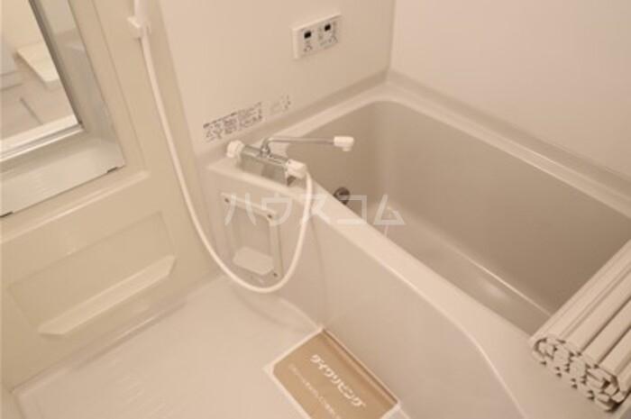 グレースライフ泉ヶ森 207号室の風呂