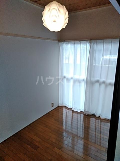 エムケーハウスB 102号室の居室