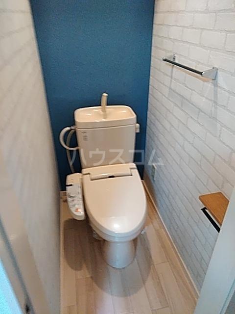 エムケーハウスB 102号室のトイレ