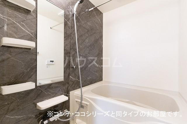 サン・シンシア 02010号室の風呂