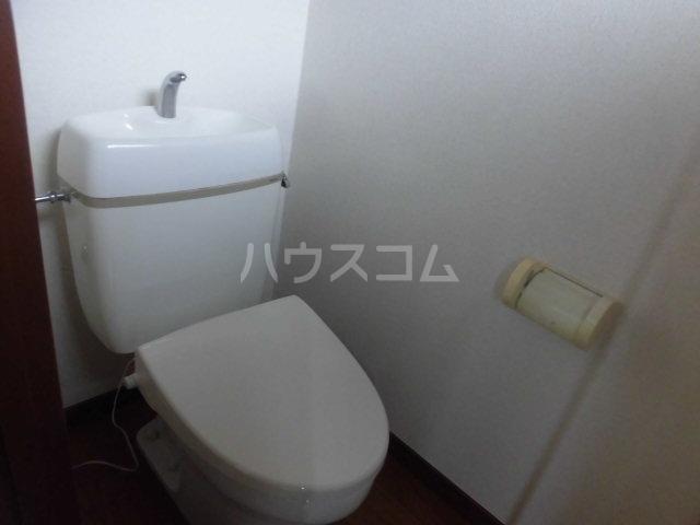 堀田アパート 202号室のトイレ