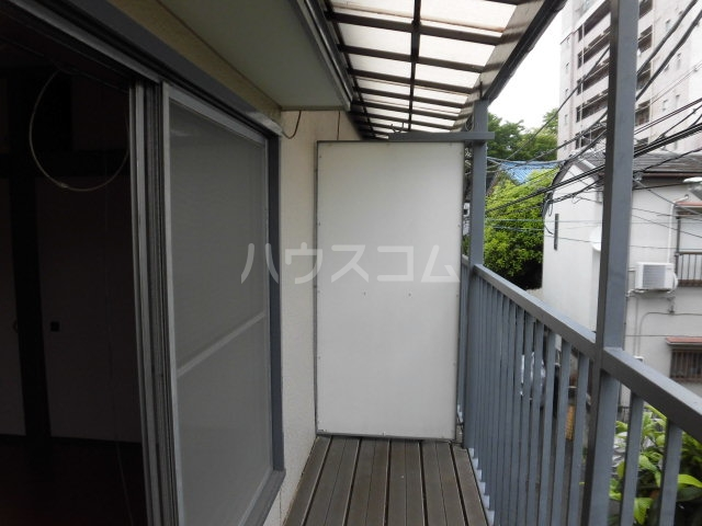 堀田アパート 202号室のバルコニー