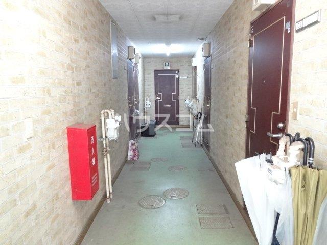 コスモメッツ鎌ケ谷 208号室のロビー