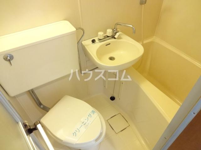 コスモメッツ鎌ケ谷 208号室の風呂
