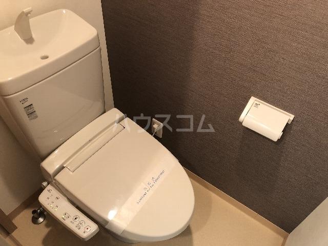 フォルトゥーナ曽根 102号室のトイレ