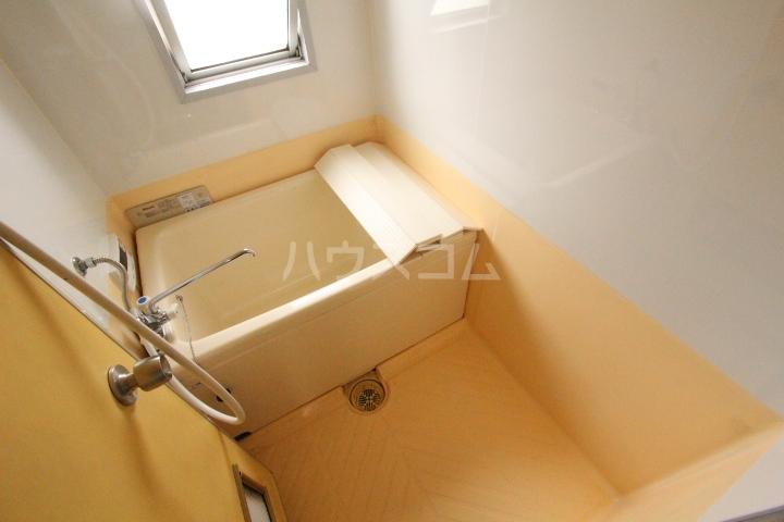 ハイツ一番館 105号室の風呂