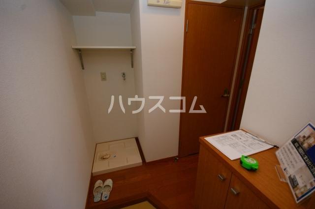 シャトー'01 602号室の玄関
