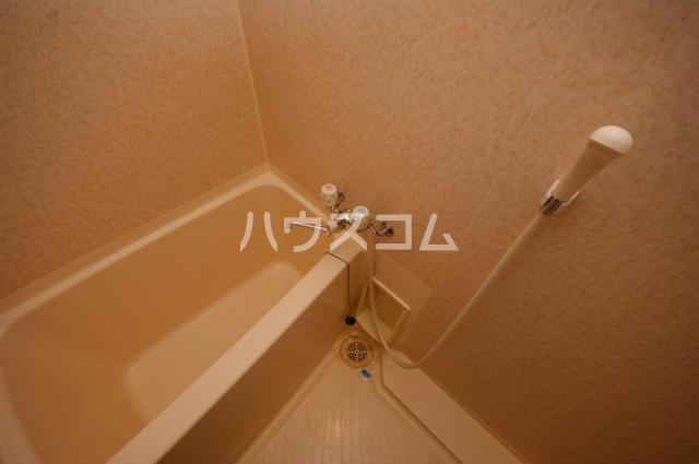 シャトー'01 602号室の風呂