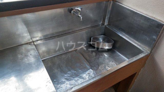 伸光荘 203号室のキッチン