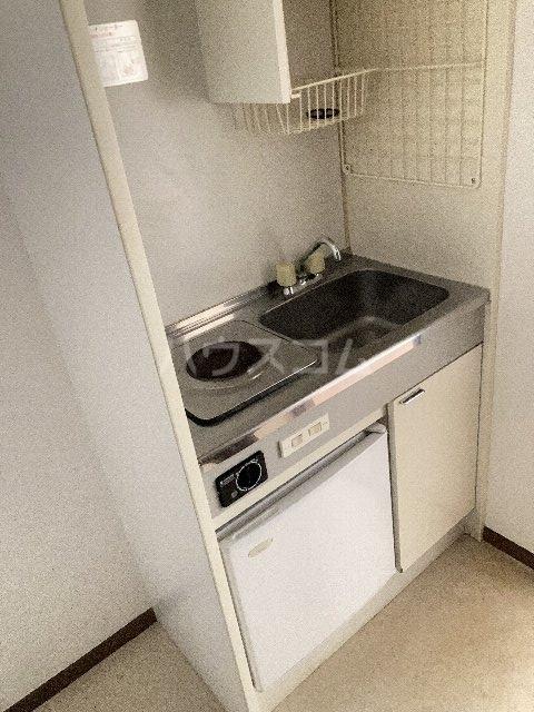 ウィングコート 00102号室のキッチン