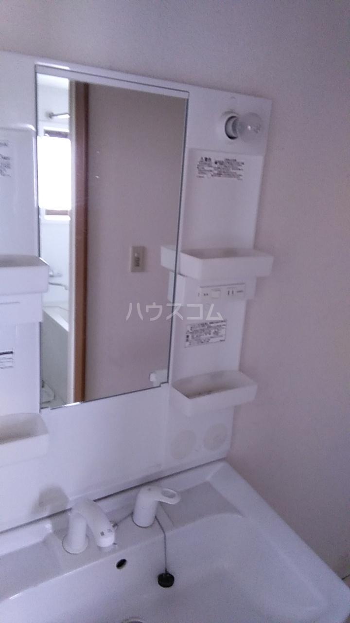 末広戸建 1号室の洗面所