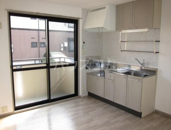 エクセルB 101号室のキッチン