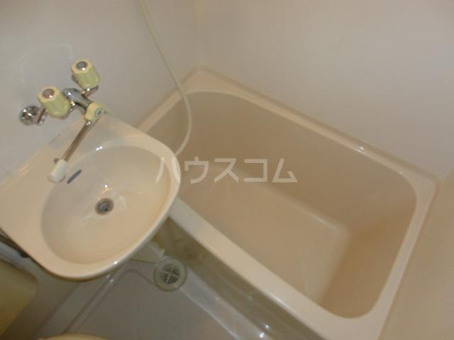 EXE'88 103号室の風呂