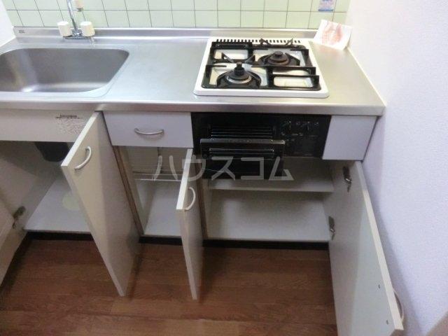 ユグドラシル 202号室のキッチン