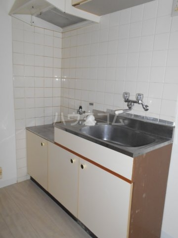 PES六本松西 203号室のキッチン