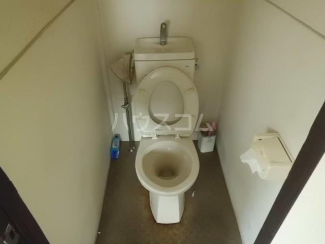 第一みどり荘 108号室のトイレ