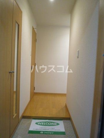 グランパ藤永田 402号室の玄関