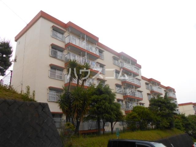浦賀共同住宅団地8号棟の外観