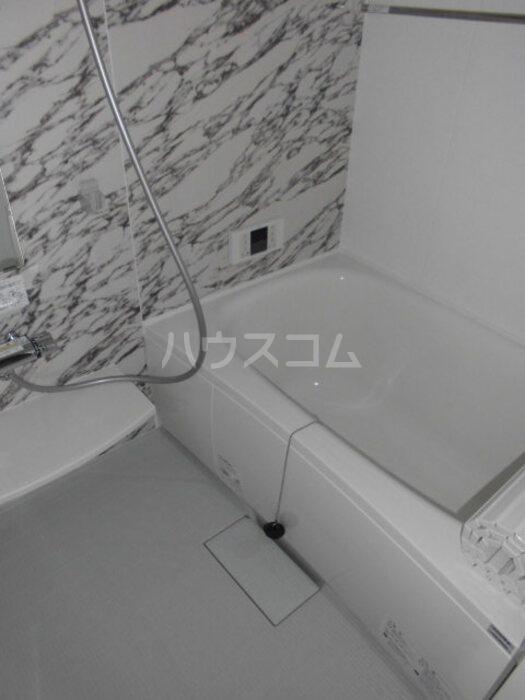 グラン・ブルーエスターテ矢中 307号室の風呂