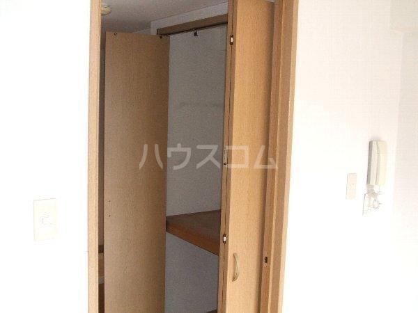 アピス 202号室の収納