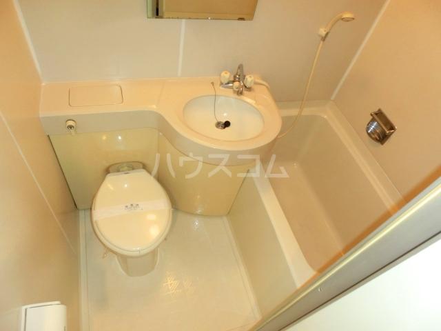 ベルトピア和泉大宮 205号室の風呂