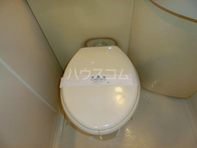 ベルトピア和泉大宮 205号室のトイレ