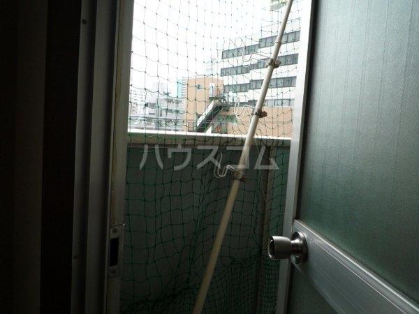 グランシティ船橋 404号室のバルコニー