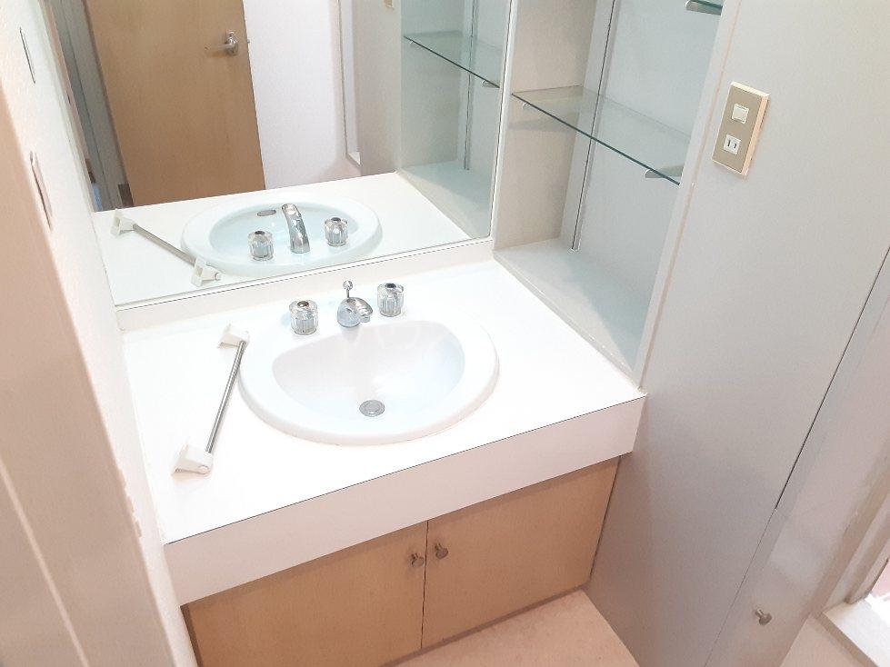 元住吉コート 202302号室の洗面所