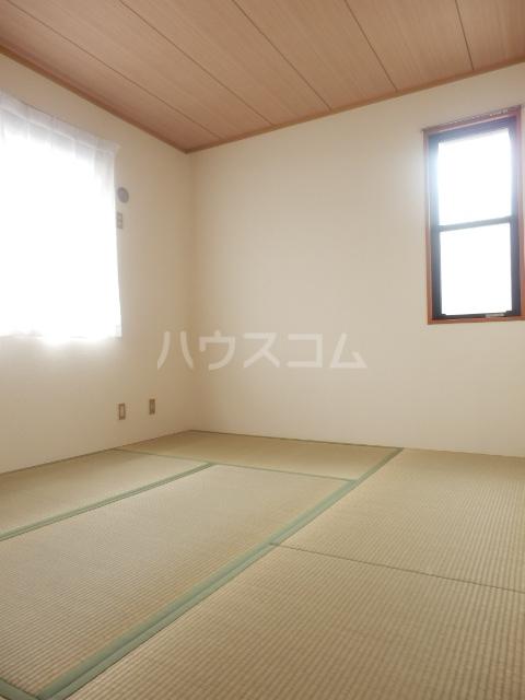 アビタシオンリーヴA 101号室の居室