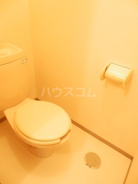 アビタシオンリーヴA 101号室のトイレ