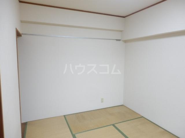 パルハウス萩原 602号室のベッドルーム
