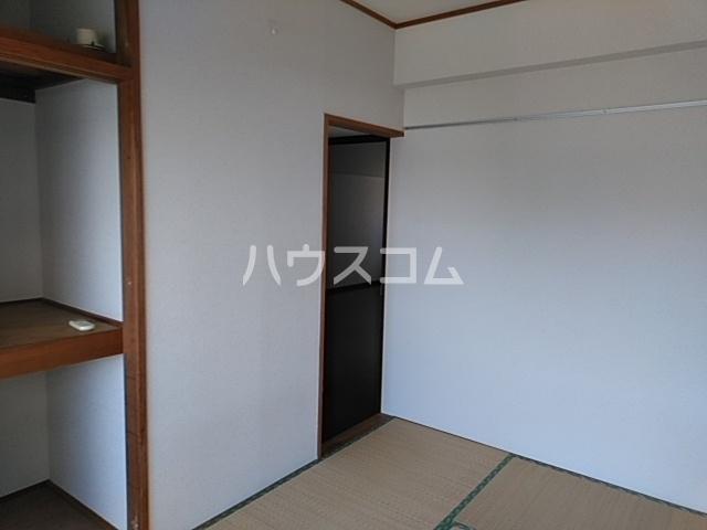パルハウス萩原 602号室の居室