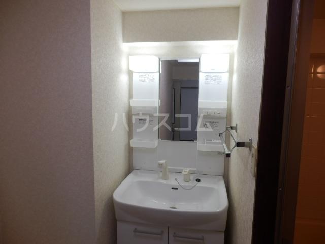 パルハウス萩原 602号室の洗面所