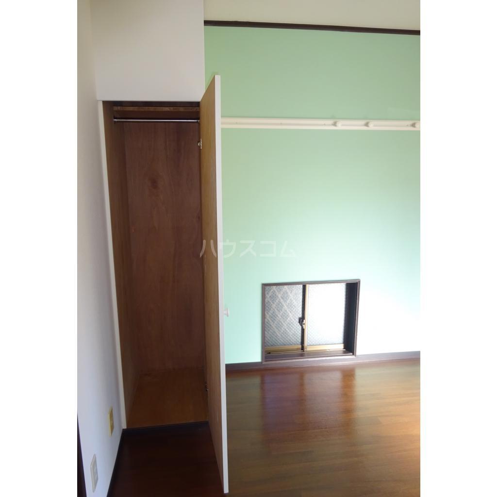 エンゼルハイツ 103号室の収納