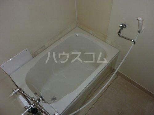 ホワイトハイツ 102号室の風呂