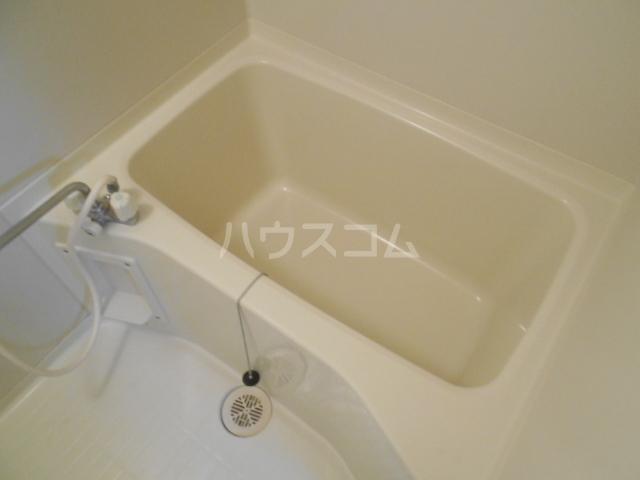 リバティーベル 102号室の風呂