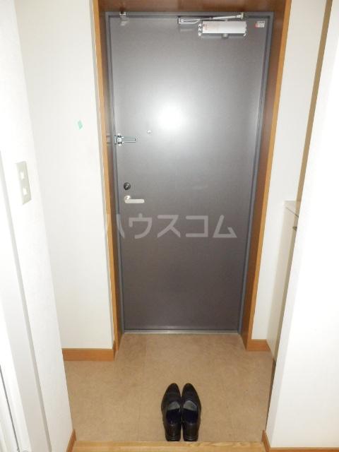 アミティエ・船橋駅前 502号室の玄関
