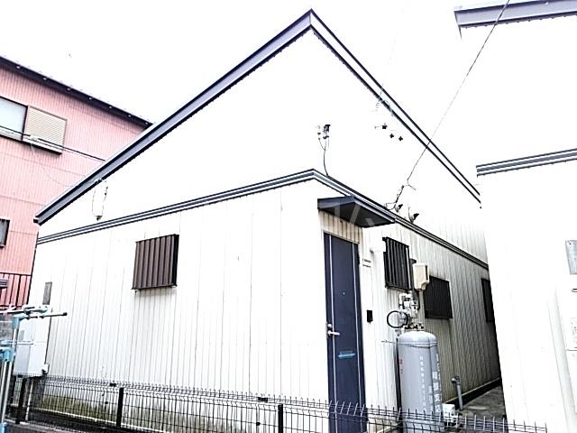 六ツ師中屋敷625-1貸家の外観